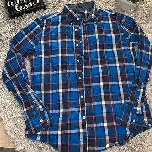 AMERICAN EAGLE MENS BUTTON DOWN LONG SLEEVE